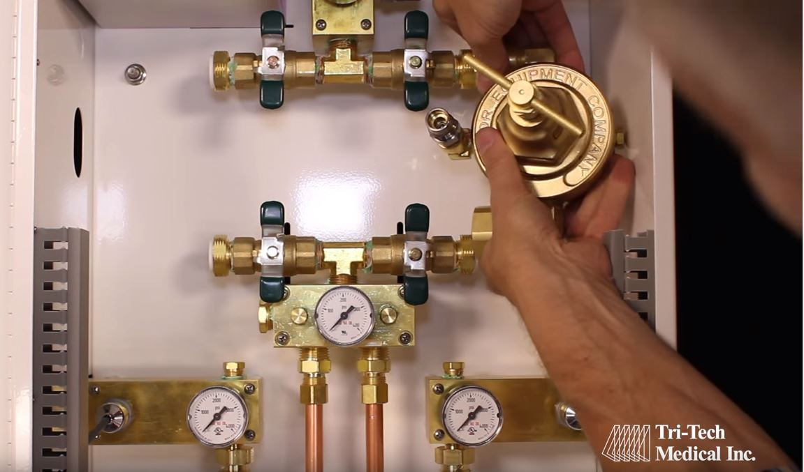 VIDEOCLIP: Medical Gas Manifold Features Benefits by Tri-Tech Medical